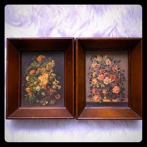Set of 2 Still Life Floral Print w/ Wooden Frames